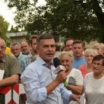 Marciniak przedstawiciel okolicznych przedsiębiorców protestujących przeciwko budowie marketu