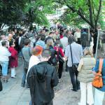 zbuntowani spóldzielcy w obronie skweru przy Piotrkowskiej 235/241