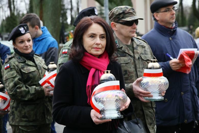 Doły 25 II 2016 przy symbolicznych krzyżach Zołnierzy Wyklętych